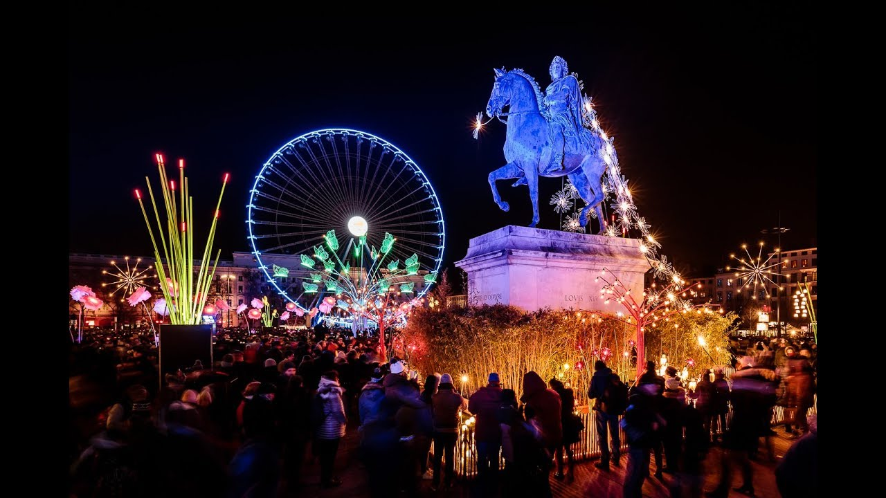 La Fête Des Lumières Festival Of Lights Promenons Nous