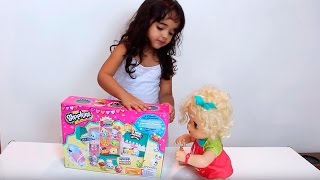 Baby Alive Clarabela ganha Shopkins Geladeira Metálica So Cool Metallic Fridge com BIA LOBO