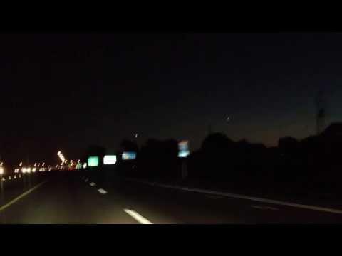 OVNI ou manœuvre militaire ? Le 2 octobre 2013 à 19:20:04 / A-25 sud, hauteur de Mascouche 2 de 2