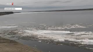 Густой ледоход на реке Лене продолжается в Кобяйском и Намском районах Якутии