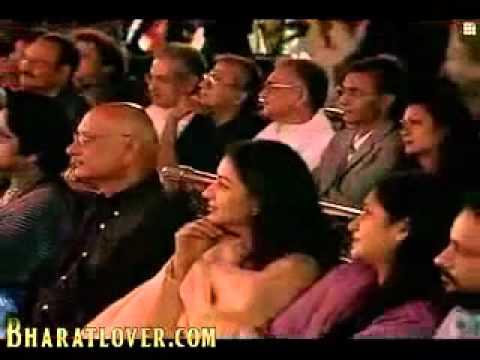 Kaun Kehta Hai Muhabbat Ki Zabaan - Jagjit Singh.mp4