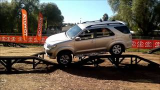 Toyota Fortuner 2012 4x4 capability demonstration