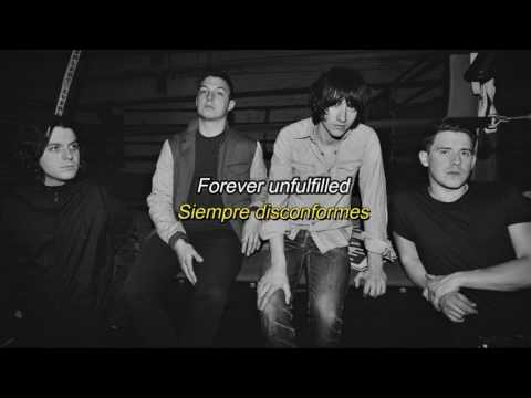 Arctic Monkeys - This House Is A Circus lyrics (Sub. Español)