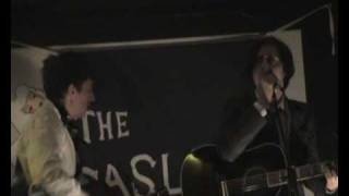 Carl Barât + Drew McConnell Can t Stand Me Now 22.03.09