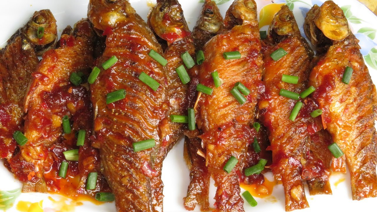 How to fried small fish in cambodia style fried fish for How to cook fried fish