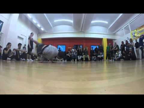 Move On Up 2016 - |Mogio vs Greta| Top 8 Middle Step