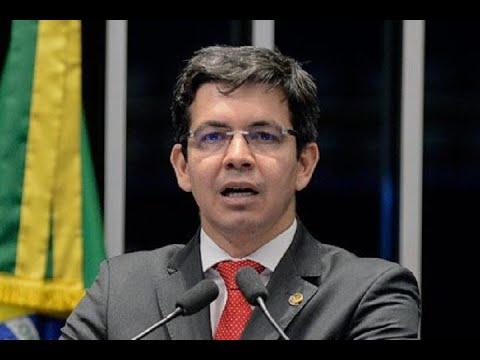 Randolfe Rodrigues critica reforma política que está sendo discutida na Câmara dos Deputados