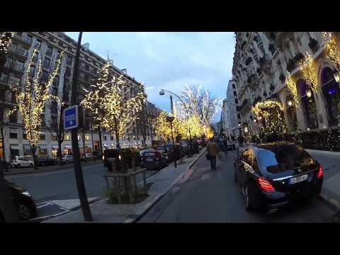 Christmas Eve 2017 -  rollerblading on the Avenue Montaigne, Paris!