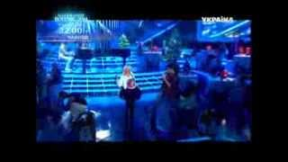 """Шоу """"Как две капли"""" - в образе композитора В.Дробыша хореограф и танцор Антон Рыбальченко."""