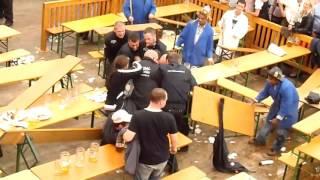 Oktoberfest - Sicherheitsbeamte vs. Betrunkener ! Gewaltanwendung?