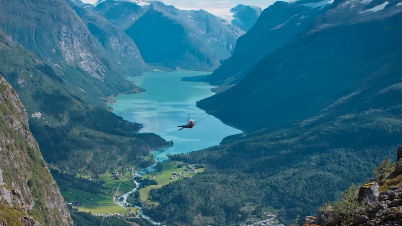 Thumbnail: Become one with Fjord Norway @TourRadar