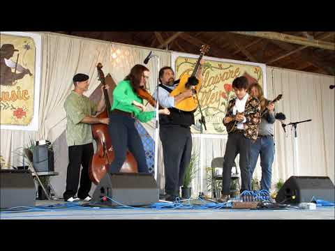 Jeff Scroggins  & Colorado @ 2018 Delaware Valley Bluegrass Festival Mp3