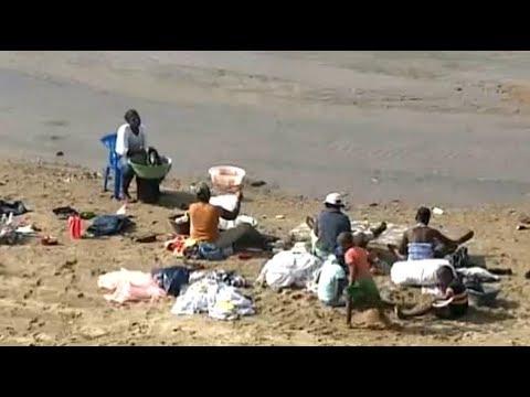 Empresarios y Ramfis enfrentados por el Muro en la Frontera. En Noticias 12-12-18
