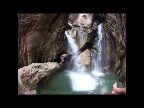 GTG Jamaica: Cane River Falls