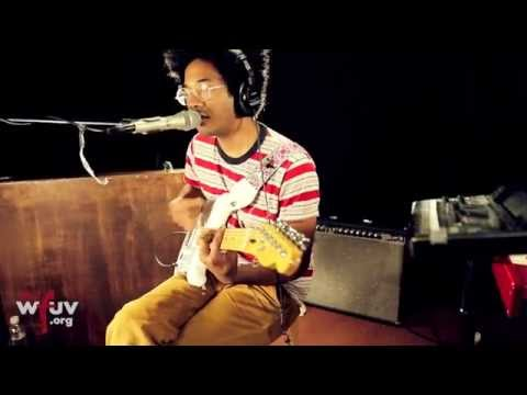 "Toro Y Moi - ""Lilly"" (Live at WFUV)"