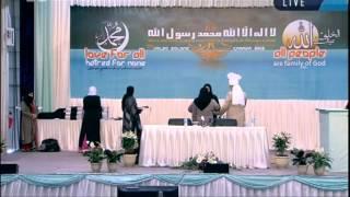 Award distribution to Ladies at Jalsa Salana Canada 2012 by Hadhrat Mirza Masroor Ahmad (aba)