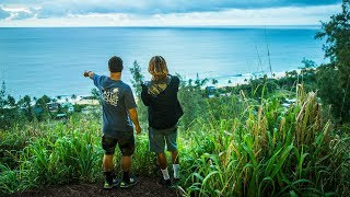 The Best View of Pipeline on North Shore of Oahu, Hawaii
