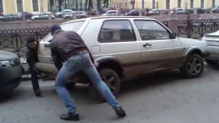 Как правильно парковать машину в СПБ(, 2014-01-29T15:32:28.000Z)
