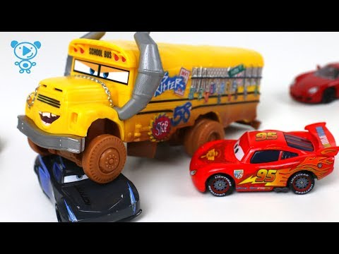 Thumbnail: Cars McQueen Toys Cartoon lego spiderman hot wheels - cars for kids - Lightning McQueen rescues cars