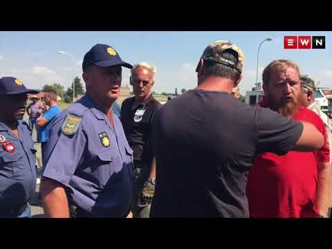 Police car petrol bombed as Hoërskool Overvaal protest continues