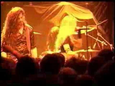 Arch Enemy - Ravenous (Live)