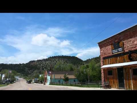 Driving thru Hartville Wyoming