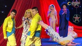 """Lô tô show: Màn drag queen """"búng như tôm"""" cực dẻo khiến mọi người hú hồn thán phục"""