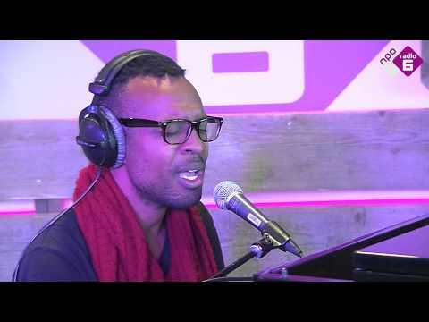 Kenny Wesley - Woman (Live)   NPO Soul en Jazz