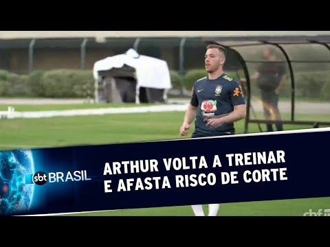 Arthur volta a treinar e afasta risco de corte da Copa América | SBT Brasil (12/06/19)