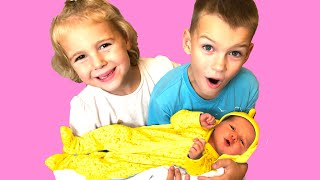 Vania, Mania and their Little SISTER NEW BORN baby Kids Pretend play with cleaning toys