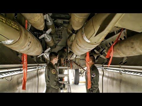 B-52 Training Mission • Aerial Refueling & Bomb Run