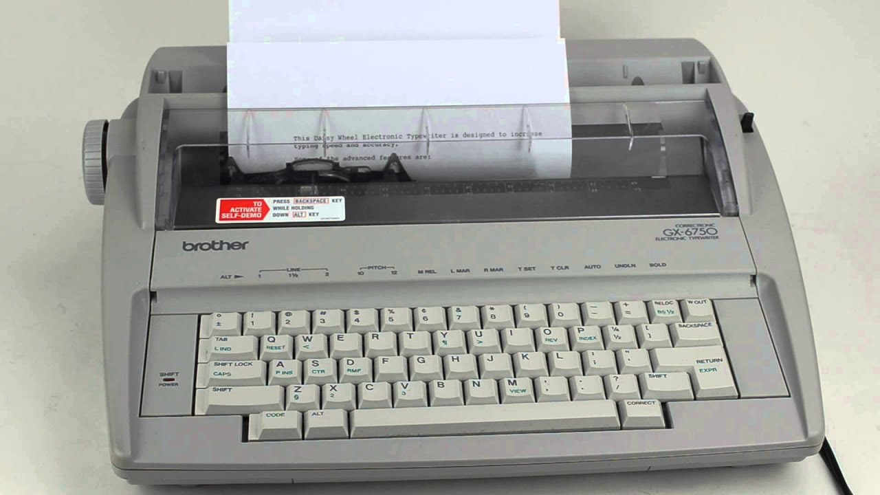 brother correctronic electric typewriter model gx 6750 youtube rh youtube com brother electronic typewriter gx-6750 user manual brother gx-6750 user manual