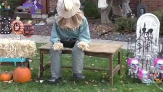 DavidsTV Halloween Animatronic Setup | Sitting Scarecrow | Rainbow Fire