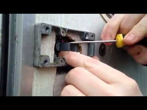 How To Replace Barrel Of Caravan Door Lock Caraloc Youtube