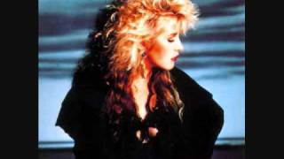 Watch Stevie Nicks Affairs Of The Heart video