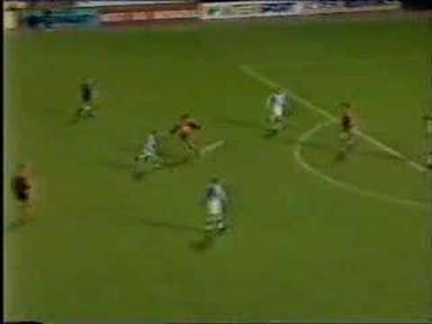 Dundee United 2-0 Kilmarnock (Malpas, McKinnon)