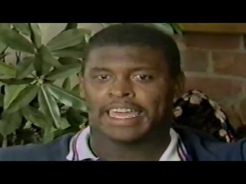 USFL Report 1985 - Interview with Memphis Showboats DT Reggie White
