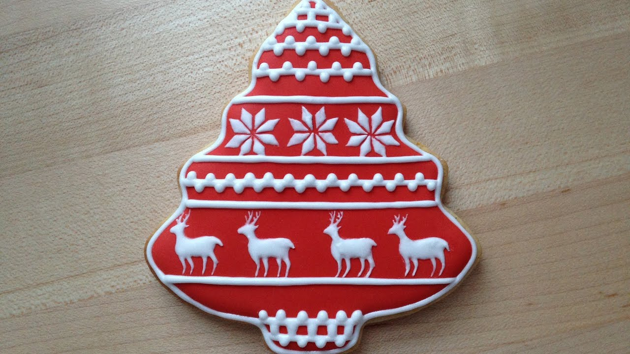 how to decorate a christmas cookie reindeer pattern youtube