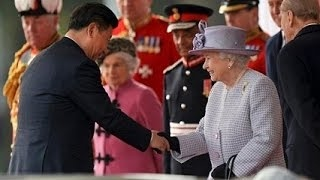 習近平、エリザベス女王から庶民扱い受けて大激怒!!英国王室が習近平を国賓待遇は大嘘だった!!! 英ロンドン(London)のウィンザー城(Windsor Castle)付近に20日