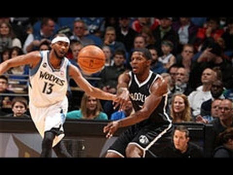 Corey Brewer Chases Down Tyshawn Taylor for the Block