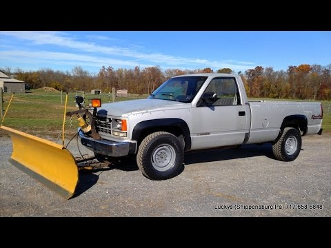 SOLD Chevy 3500 Snow Plow Truck 4X4 - YouTube