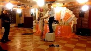 Стриптиз,дружка на свадьбе