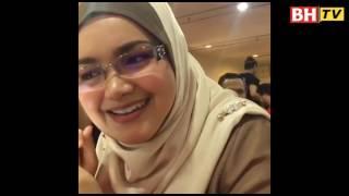 Siti tunai janji nyanyi lagu Hang Pi Mana