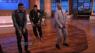 Repeat youtube video Steve Harvey tries the Dlow Shuffle