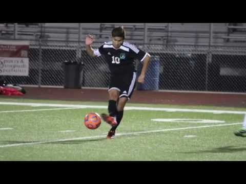 soccer-player-coming-back-strong-after-acl-injury