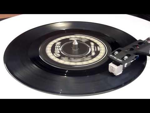 Queen - Don't Stop Me Now - Vinyl Play