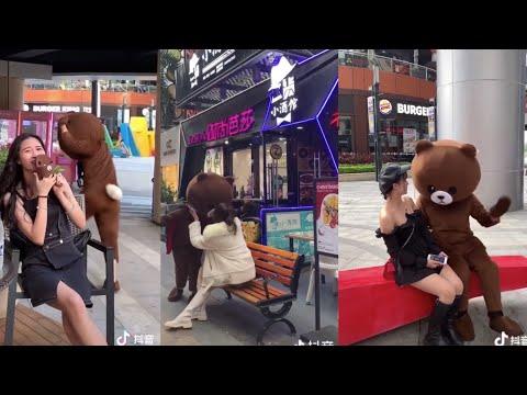 Tik Tok Anh Gấu đúng là số hưởng hôn toàn gái đẹp không!Gấu lầy tuyển chọn #S1