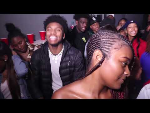 Lit house party before the holiday turn up