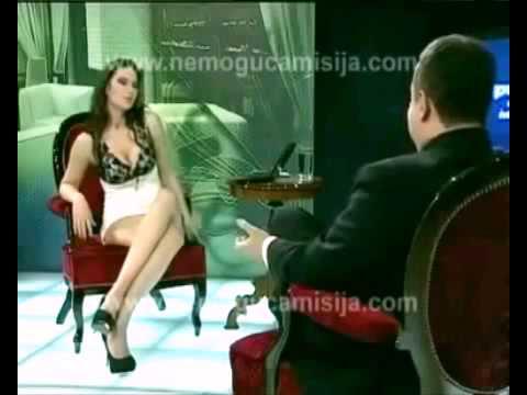 румынская певица без трусов