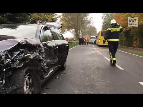 Schwerer Verkehrsunfall auf der Thüler Straße - YouTube